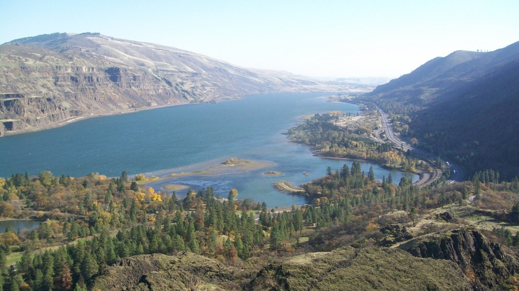 Columbia Gorge Looking Toward the East